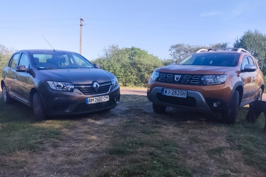 Renault Logan vs. Dacia Duster